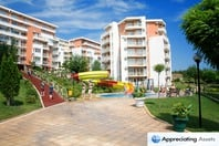 large one bedroom apartment  for sale in Crown Fort Club St Vlas Bulgaria
